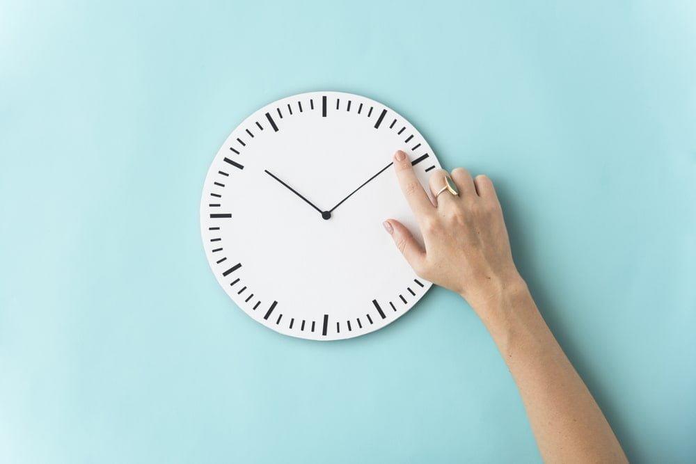 『時間を無駄にするホステス』の共通点