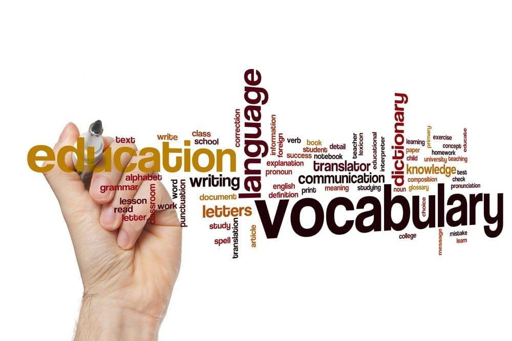 語彙力なさ過ぎ!言葉に詰まるホステスに勧める語彙力強化法