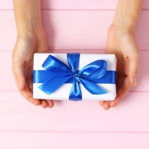 安易に贈ると命取り!ホステスからお客様に贈るプレゼント